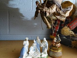 lot of Flying Angels and Porcelain Figurines