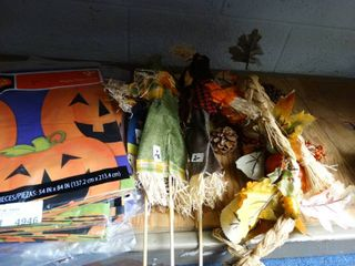 Halloween Table Covers and Decor Scarecrows
