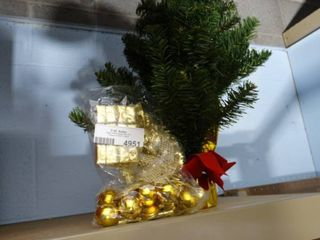 Small Tree w  Decorations and Round linen Table Cover