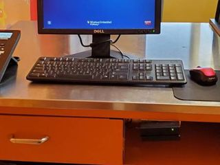 Dell Computer  Monitor  Card Reader