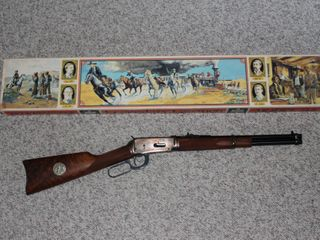 #626 Winchester Model 94 with box