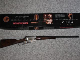 #615 1996 (RMEF) Winchester Rifle w/ box