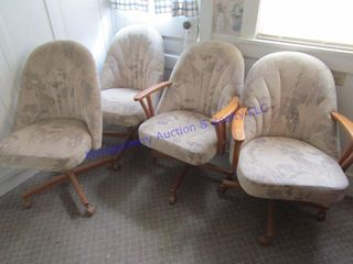 4 ROllER CHAIRS
