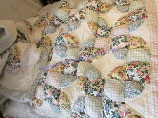 PUFFED QUIlT