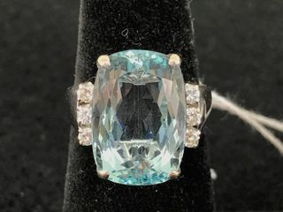 Ladies 18kt White Gold Aquamarine And Diamond