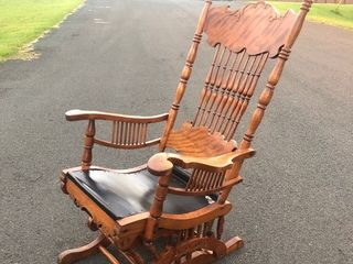 Very Nice Antique Tiger Maple Glider Rocker Chair
