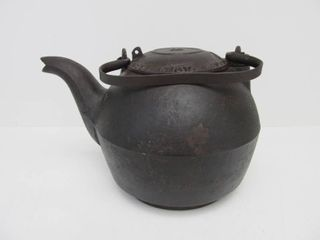 Early Antique Civil War Era Signed BUSSEY & CLEXTON Cast Iron Tea Kettle