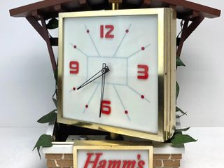 Awesome Working 1960 HAMM'S Lighted Spinning Motion Sign Chalet Clock