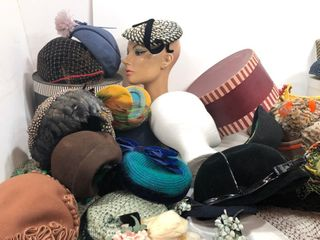 LARGE Lot of Vintage Ladies' Hats & Hat Boxes