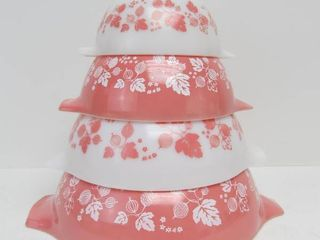 Excellent Clean PYREX Pink Gooseberry Mixing Bowl Set