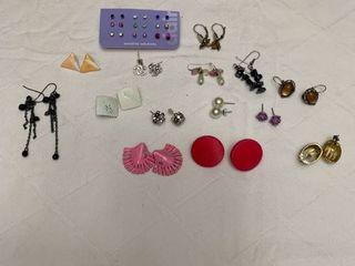 ladies jewelry  15 sets of pierced earrings
