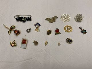 ladies jewelry  seven pendants and ten pins