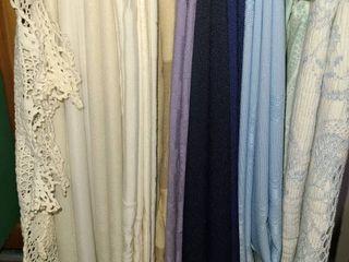 Table Cloths  Variety  14 Pcs