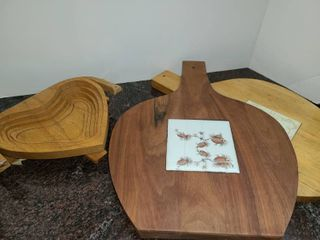 Wooden Tivets and Wooden Heart shaped Bowl