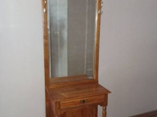 Broyhill Entry Table 80 x 24 x 13 in with 1 Drawer and Beveled Mirror