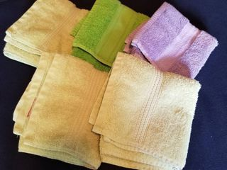 Assorted hand towels