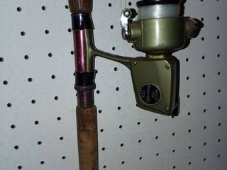 Berkley 435 Fishing Pole