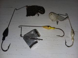 large Spinner Chatter Bait lures