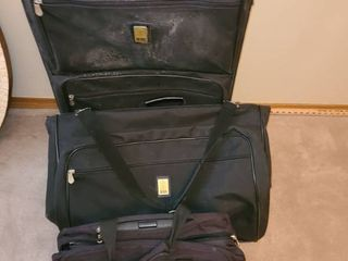 luggage  3 pcs  2 pcs  Bill Blass  The Carry on is Protocol