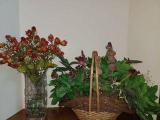 Flower Arrangements  Faux Flowers  Vase with flowers 17  tall