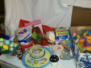 Valentines   Easter and 4th of July Decorations  An abundance of Easter Decor