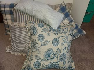 Throw Pillows  Blue and White Stripped  7 pcs