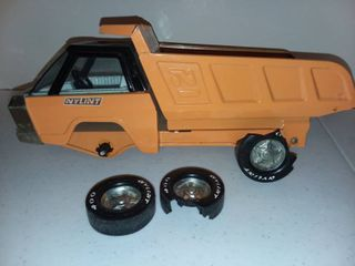 Metal Nylint Dump Truck Toy