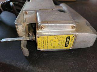 Heavy Duty Electric STANlEY Saber Saw