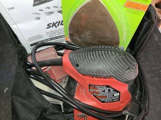 SKIll Sander with Sand paper and nice carry bag