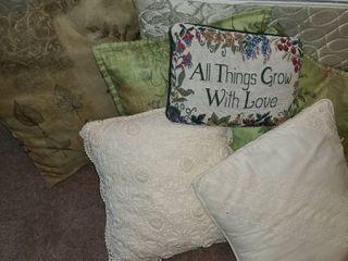 Throw Pillows  6pcs