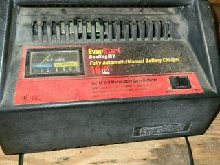 Battery Charger  EVERSTART  Boating RV  10 AMPS