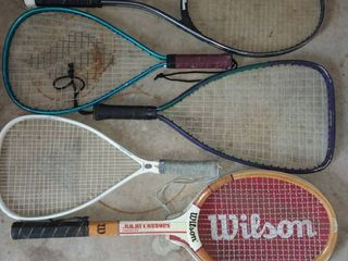 Wilson Jimmy Connors Tennis Racket with 4 Various Tennis Rackets