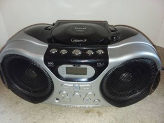 RCA Stereo with CD and MP3 Player and AM FM Tuner