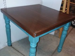Wood Side Table 22 x 24 x 24 in