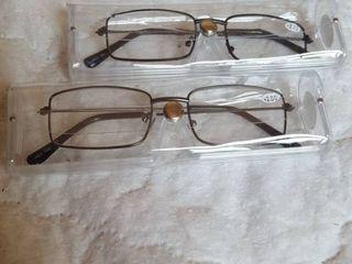 2 pr  reading glasses  2 00