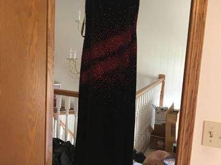 black velour slit formal dress size 9 10 fits more like a 5