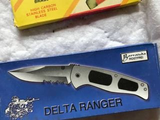 two folding pocket knives