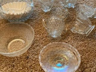 assorted glassware   cups and bowls