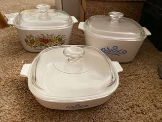 3 baking bowls with lids