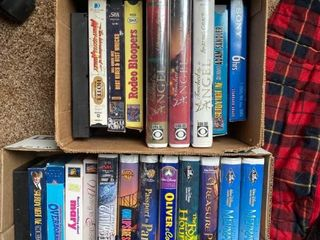 VHS tapes  Mary Kate and Ashley  Saturday night live  Disney