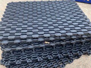 9 interlocking rubber mats
