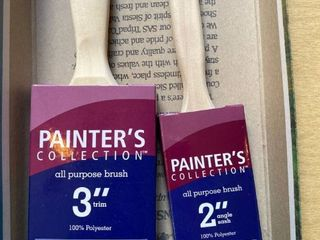 2 paint brushes