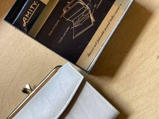 Amity leather coin purse