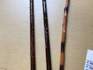 3 canes