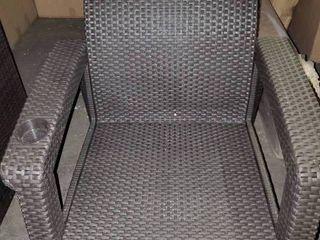 Jackson Furniture dark brown Wicker Chair w/Cup Holder
