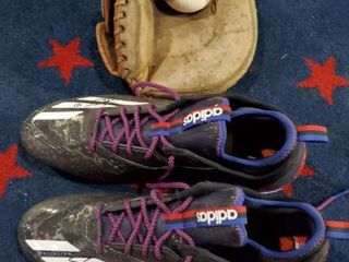 Signed Cleats  Old Baseball Glove