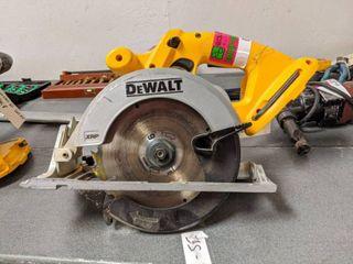 DeWalt 6 1/2 Inch Cordless Circular Saw (SS-84)
