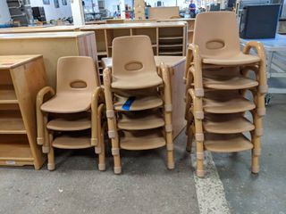 12  Plastic Children s Chairs