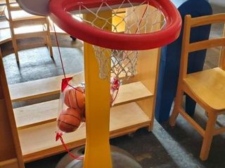 Little Tikes Plastic Basketball Goal