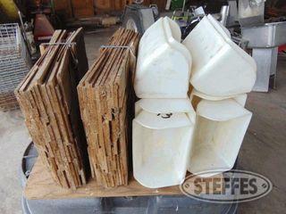 (2)-Bales-wood-shingles-_1.jpg